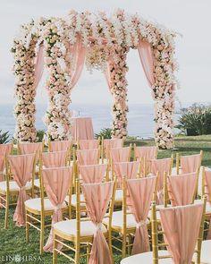 Such a sweet & romantic idea for a garden or outdoor wedding! Love this as much as we do? Double tap!  Event Planner @detailsjeannie / Event Design @whitelilacinc @golnaz @yseidod / Lighting @ambereventprod / Venue @ritzcarlton