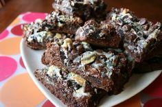 Gooey Joe-Joe's Cookies & Cream Chocolate Cake Bars - Family Fresh Meals