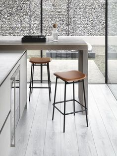 From chic barstools to classic dining chairs, Kube has it all! Available in over 400 different designs, colours and finishes, our premium furniture sets are sure to adorn your home in style. #furniture #furnituredesign #interiordesign Large Furniture, Furniture Styles, Furniture Design, Furniture Sets, Modern Furniture, Interior Design Videos, Interior Design Living Room, Stools For Kitchen Island, Island Stools