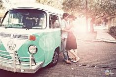 vintage love - I want a VW bus! Volkswagen Transporter, Volkswagen Bus, Vw Vintage, Mode Vintage, Vintage Love, Vintage Style, Vintage Photos, Vintage Green, Vintage Photography