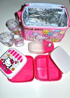 Amazon.com: Hello Kitty Thermal Lining Lunch/ Bento Bag Set- 7 Pcs: Kitchen & Dining