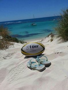 Rugby at the beach Rugby Girls, Womens Rugby, Rugby Sport, World Rugby, Gap Year, Best Games, Banquet Ideas, Adventure, Champs