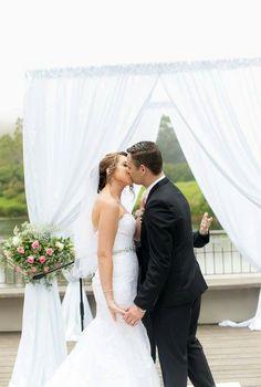Bouquets, Wedding Dresses, Flowers, Fashion, Bride Dresses, Moda, Bridal Gowns, Bouquet, Fashion Styles