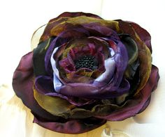 fabric flower broach hair clip with black button