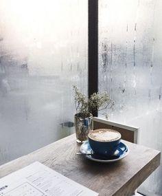 A melhor parte do inverno, é um café quentinho! ☕ e...o amor!!!