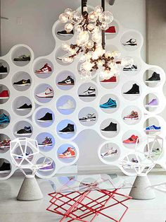 Circular Shoe Display. #retail #merchandising #sneakers #shoes #display