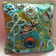 Anke's Freeform Pillowcover 1 Finished by hykevandermeer, via Flickr