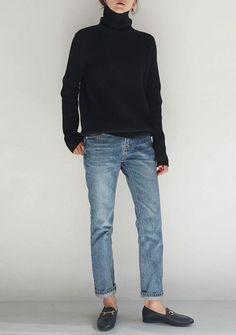 Jeans, Rollkragenpullover, schwarze Stiefeletten - The Fashion I Would Wear - Winter Mode Mode Outfits, Jean Outfits, Casual Outfits, Fashion Outfits, Fashion Blogs, Womens Fashion, Casual Jeans, Ladies Fashion, All Black Outfit Casual