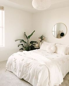all white with plants and gold accents - minimalist bedroom; all white with plants and gold accents - minimalist bedroom; all white with plants and gold accents - minimalist bedroom; all white with plants and gold accents - Minimal Bedroom, Simple Bedroom Small, Small Living Room Ideas On A Budget, Bedroom Ideas For Small Rooms Cozy, Bedroom Modern, Minimalist Room, Minimalist Apartment, Bedroom Ideas Minimalist, Luxurious Bedrooms