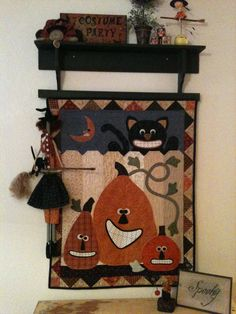 Halloween quilt wallhanging or mini quilt