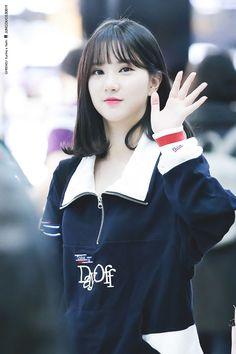 Kpop Girl Groups, Korean Girl Groups, Kpop Girls, Asian Woman, Asian Girl, Jung Eun Bi, G Friend, Daughter Of God, Japan