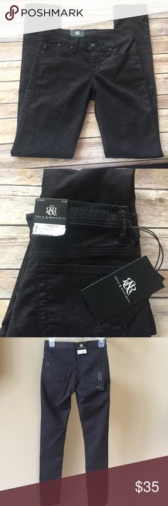 "ROCK & REPUBLIC Skinny Berlin Black Jeans Size O These are beautiful R&R NEW With TAGS women's jeans   The style is #R010167 a Berlin Skinny Slither & Shake  Color is Black Plum Material is 61% Cotton 37% Polyester 2% Spandex  Size is a Misses 0 Waist is 26"" Inseam 31"" Rise 7"" Rock & Republic Jeans"