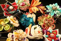 つまみ細工「Shawl pin」 This is a Japanese traditional crafts that use the silk, is a…