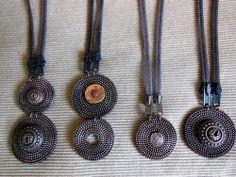 Zipper necklaces / vetskarikaulakoruja/ ArjaS