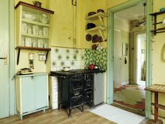 A kitchen from 1910, found in Gård & Torp.