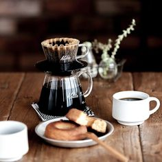 Long relaxing breakfasts and great freshly brewed coffee.