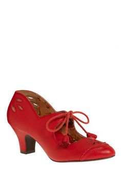 a11b992903ac Hit the Rodeo Heel  ModCloth Miss L Fire  red  shoes Hello Kitty Bow