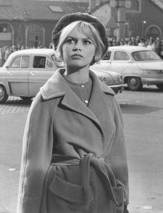 Brigitte Bardot - Page 148 - the Fashion Spot Bridget Bardot, Brigitte Bardot, Marlene Dietrich, Hollywood Glamour, Old Hollywood, Greta, Diana Vreeland, French Actress, Most Beautiful Women