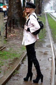 #MariaKolosova and her hat in Milan.