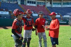 Los entrenamientos de la sucursal de los Piratas de Campeche, continúan en el Estadio Nelson Barrera Romellón y parte de un equipo de beisbo...