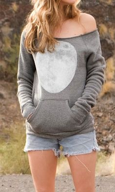 Full moon sweatshirt, I really hope that the back has the far side of the moon on it. No reason not to in this day and age.
