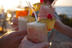 Nautical Themed Cocktails – 10 Top Drinks!  Whether you simply want to enjoy a cocktail solo while aboard a yacht in summer or want to hold an evening cocktail party on a catamaran, these recipes can be quite useful.