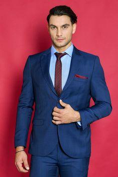 μπλε κοστούμι καρό σε στενή γραμμή Suit Jacket, Breast, Suits, Jackets, Fashion, Down Jackets, Moda, Fashion Styles, Jacket