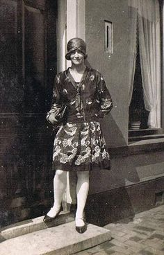 https://flic.kr/p/tid2mE   The Roaring Twenties ... in the Thirtys   1930s found photo