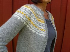 "Ravelry: Project Gallery for Short sleeved jacket in ""Alpaca"" with raglan sleeves and Norwegian pattern pattern by DROPS design Knitting Stitches, Knitting Yarn, Hand Knitting, Icelandic Sweaters, Fair Isle Knitting, How To Purl Knit, Cardigan Pattern, Pulls, Mantel"