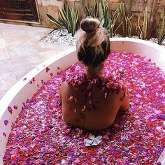 Outdoor Showers + Baths :: Boho Home :: Bathroom :: Tropical :: Beach Style :: :: Relax + Unwind :: Bathing Beauty :: Natural Space :: Discover more Bohemian Home Decor + Design Inspiration Entspannendes Bad, Flower Power, Wicked Good, Just Relax, Spa Day, Bath Time, No Time For Me, Girly Things, Girly Stuff