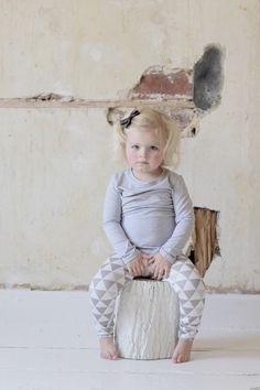 Always love grey. #kids #designer #fashion