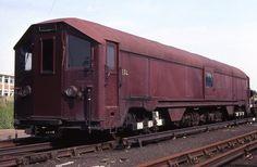 Electric Sleet locomotive ESL 111 in Ealing Common depot | Flickr - Photo Sharing!