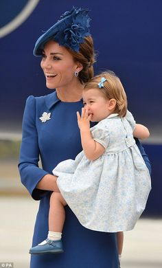 dailymail:  Canada Tour, Day 1, Victoria, British Columbia, September 24, 2016-Duchess of Cambridge and Princess Charlotte