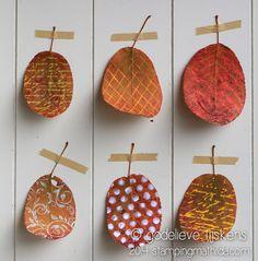StampingMathilda: Textured Leaves.  Way cool.