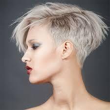"""Résultat de recherche d'images pour """"modèles coiffures courtes femmes"""""""