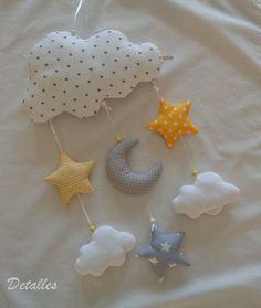 Mobile - Mobile in gelb-grau ♥Wolken♥Mond♥ - ein Designerstück von Detal. - Baby Spielzeug , મોબાઇલ - પીળો-ગ્રેમાં મોબાઇલ Mobile વાદળા ♥ ચંદ્ર ♥ - ડેવાંડા પર ડેટાલિસ દ્વારા અજોડ ઉત્પાદન Source by annettematejczy. Handgemachtes Baby, Baby Kind, Baby Toys, Baby Crafts, Felt Crafts, Diy And Crafts, Baby Room Diy, Baby Room Decor, Baby Sewing Projects