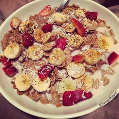 I make plain cereal interesting.  I wish our store had more high fiber vegan cereals. Organic gf flax cereals  coconut sugar  chia seeds  raw coconut  banana  strawberry  #hclf #vegan #vegetarian #raw #rawvegan #glutenfree #glutenfreevegan #organic #flaxseed #cereal #breakfast #banana #strawberry #coconutsugar #coconut #chiaseeds #almondmilk #soyfree #lactosefree #whatveganseat #vegansofig #veganfood #veganfoodshare #fruit #brunch #dessert by livingwithlaurel