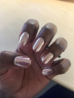 My pink mirror / rose gold nails!!!