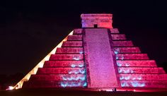 Chichén-Itzá at night! Check double check!!! Amazing