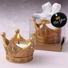 Royal Gold Crown Tea Light Candle From Fashioncraft- Make your guests feel like Kings and Queens when you offer them royal crowns as a favor. These magnificent crown tea light candles are crafted from sturdy poly resin and hand painted in a stunning Candle Wedding Favors, Candle Favors, Tealight Candle Holders, Wedding Cake, Tea Light Candles, Tea Lights, Clear Gift Boxes, Crown Party, Royal Baby Showers