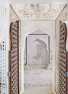 Heaven on Earth: Inside Doris Duke's Shangri La – Gallery. Moroccan Design, Moroccan Decor, Moroccan Style, Moroccan Bedroom, Moroccan Lanterns, Modern Moroccan, Islamic Architecture, Art And Architecture, Doris Duke