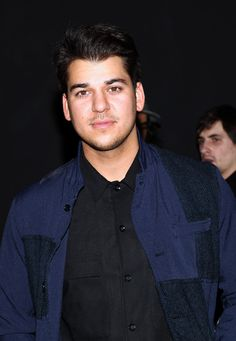 Rob Kardashian Over Weight Loss, Depression By Joining 'Dancing With The . Robert Kardashian, Kardashian Family, Kardashian Jenner, All Fashion, Fashion Show, Blac Chyna, Diabetes Management, Celebs, Celebrity