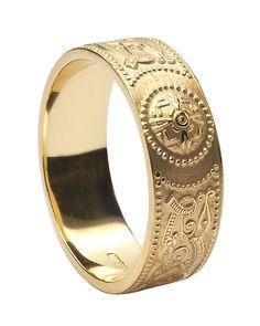 Gents Celtic Warrior Shield Wedding Ring