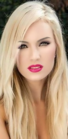There is beautiful then there is drop dead gorgeous! Pretty Makeup Looks, Gorgeous Makeup, Pretty Face, Beautiful Eyes, Gorgeous Women, Dead Gorgeous, Natural Blondes, Hot Blondes, Victoria Justice Hair