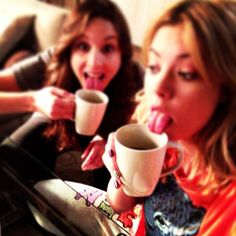 #Pretty #Little #Liars #Hanna #Spencer #Troian #Ashley