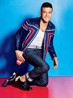 Tackling a sporty style aesthetic for American GQ, Rami Malek shows us how to wear stripes. Robot star is photographed by Ben Watts for the occasion. Charming in bold designer looks, Malek is Gq Mens Style, Gq Style, Sporty Style, Gq Usa, The Fashionisto, Rami Malek, Gq Magazine, Magazine Covers, Summer Trends
