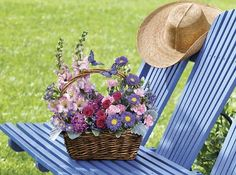 Country Basket Blooms by @1stinflowers.com #birthday #flowers