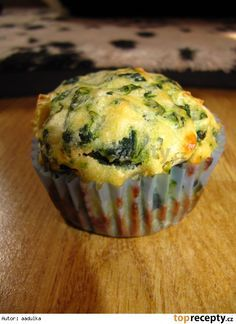Špenátové muffiny s fetou Vegan Baking Recipes, Keto Recipes, Cooking Recipes, Sweet Bar, Good Food, Yummy Food, Party Finger Foods, Low Carb Keto, Food And Drink