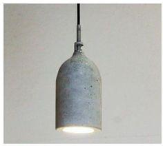 Clube do Concreto: Luminárias com forma de garrafa Pet