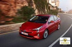 O novo Toyota Prius foi premiado com a prestigiante classificação de 5 estrelas nos rigorosos e exigentes testes de segurança Euro NCAP. Baseado no anterior desempenho de cinco estrelas dos modelos de segunda e terceira geração, este resultado consolida a imagem do Novo Prius como um dos modelos mais seguros da sua classe.